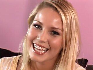 Lovely Vanessa Imprison Loves Her Facial